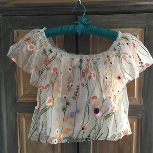 Lucy Paris Short Floral Airy Blouse Size Small